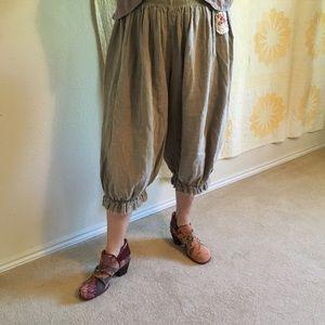 Magnolia Pearl Linen Pants